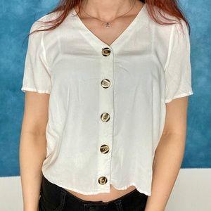 Gorgeous white blouse shirt! Comfy & Chic! ☀️